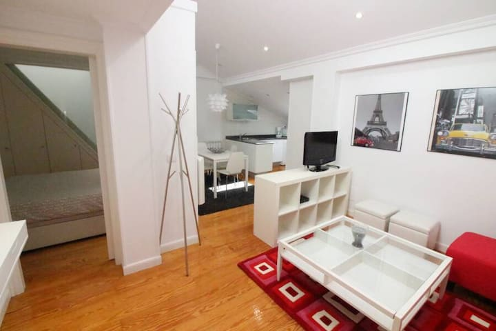 Tu loft en el centro. Your Loft in the city centre