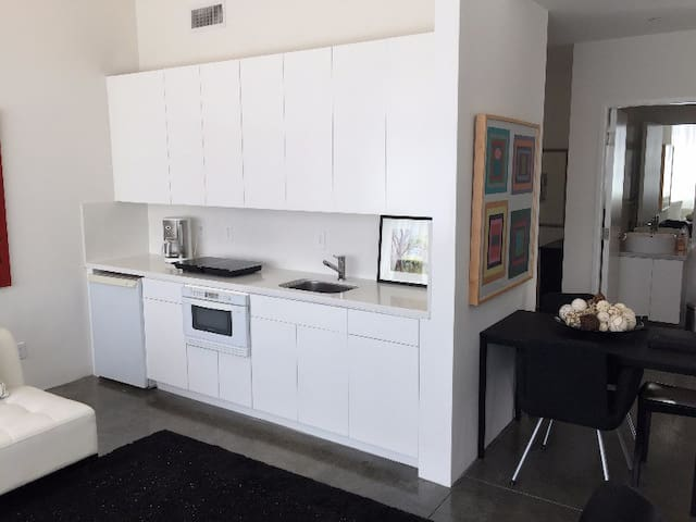 Architectural 1BR Silver Lake Loft - Los Angeles - Appartement