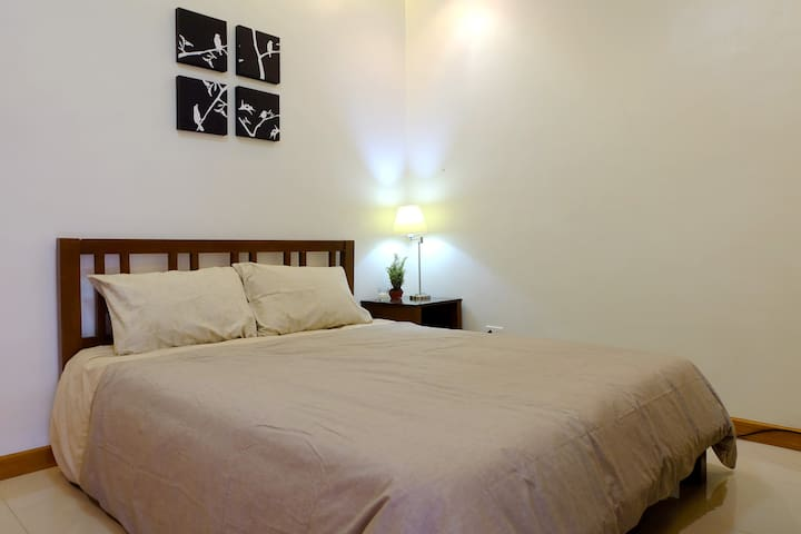 Cozy and Clean 1 Bedroom Apartment near Clark - Angeles - Apartment