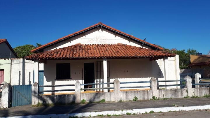 Alugo casa para temporada em Alcobaça - BA