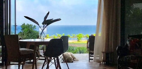 Stylish,upmarket flat 1min f. beach & ocean view