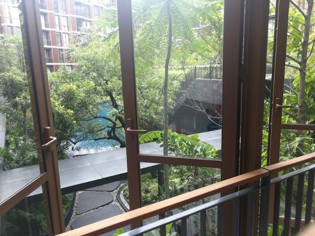 曼谷低层舒适公寓,素坤威逸路77号