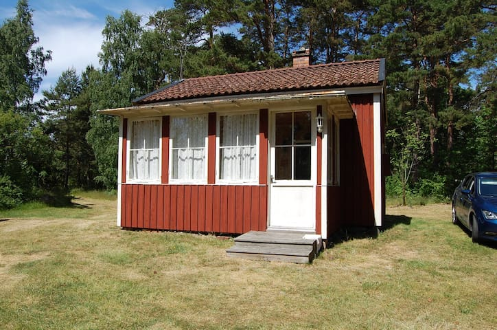 Vackert beläget sommartorp - Oknö - Hytte