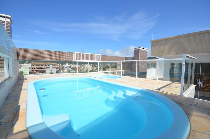 Apartamento com Piscina - Bombinhas SC