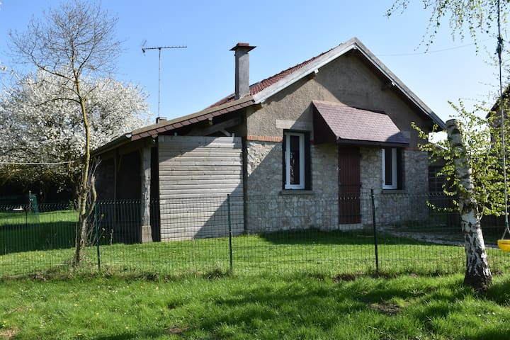 Maison a la campagne - Centre-Val de Loire - House