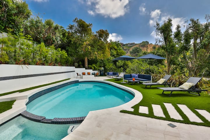 Mountain views Beverly Hills