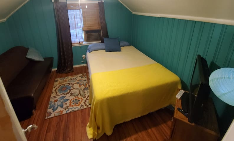 Budget Friendly/Private/Cleanest/Best Amenities(1)