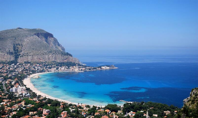 Mondello: Your solution room! WI-FI AND BREAKFAST - Palermo - Talo