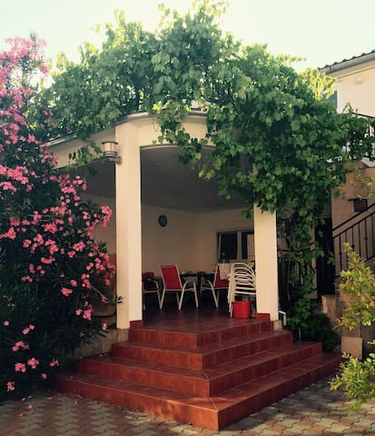 Vodice rent beach house - Vodice - Apartment