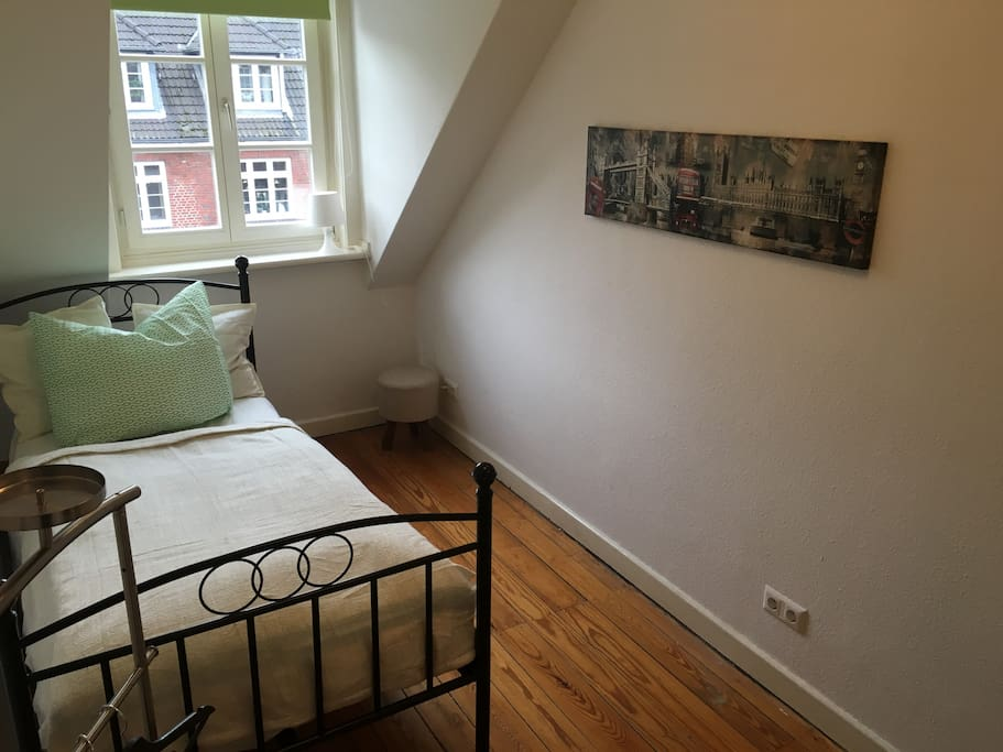 Hamburg Room For Rent Share