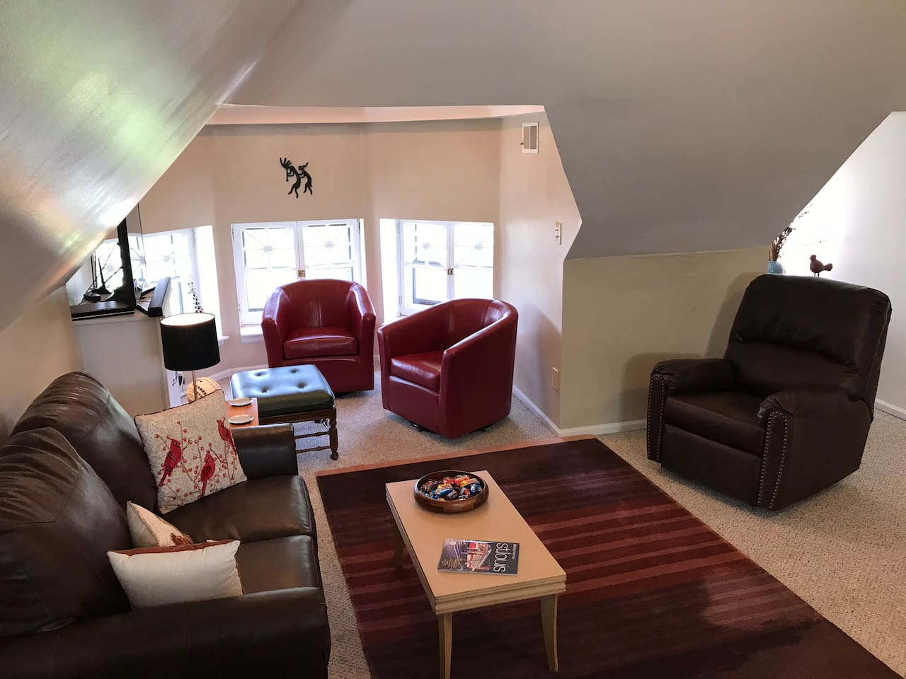 Welcome to my third floor Airbnb. People have been loving this space, with its eccentric architecture and super reasonable pricing. Check the reviews!