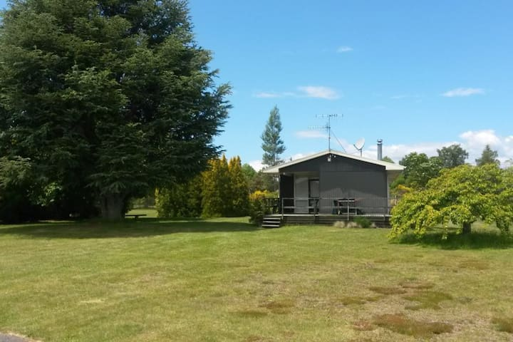 Off The Track - Turangi - Holiday home