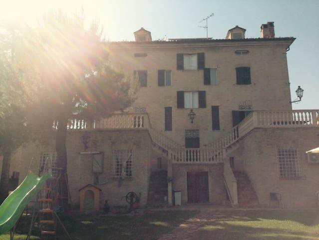 Nadia - Monte Porzio - Hus