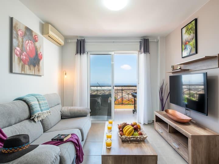 2M Parque la Reina Elegant View Apartment