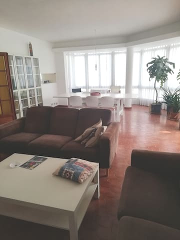 Private room  near beaches and centre