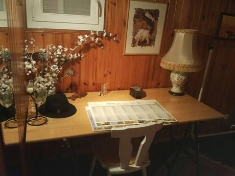 Chambre 2 personnes avec bureau