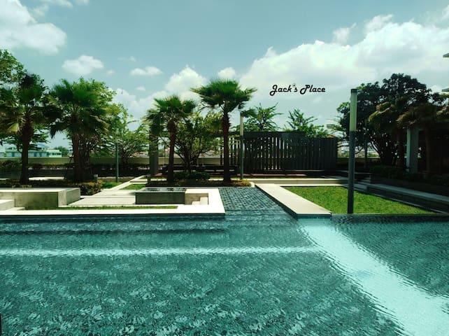Swimming pool -1