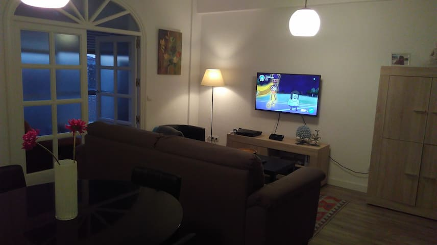 NiceDouble room with parking - Madrid - Appartement