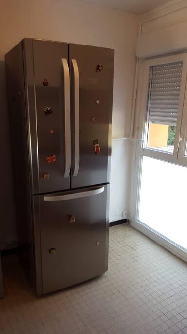 réfrigérateur  (espace cuisine)