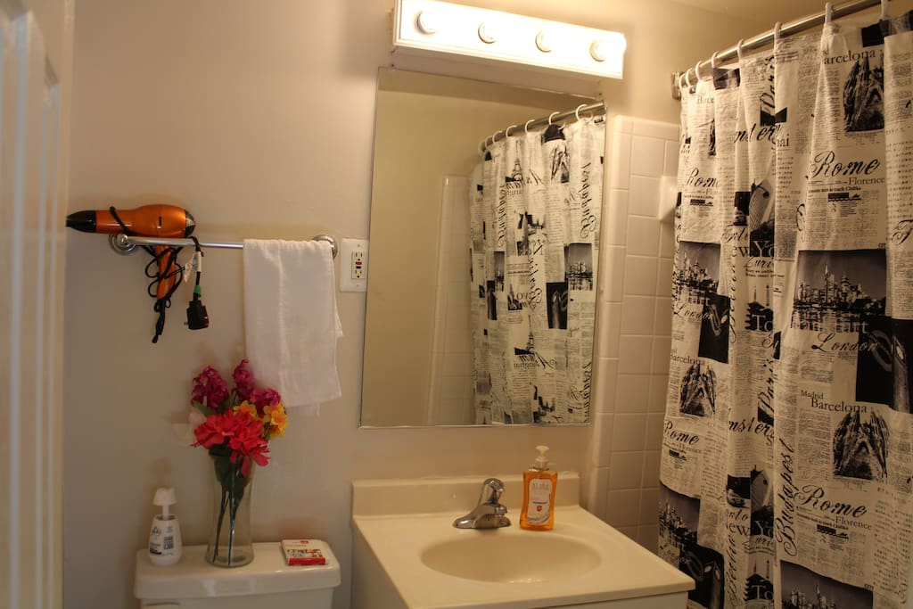 Full bathroom with all your essentials
