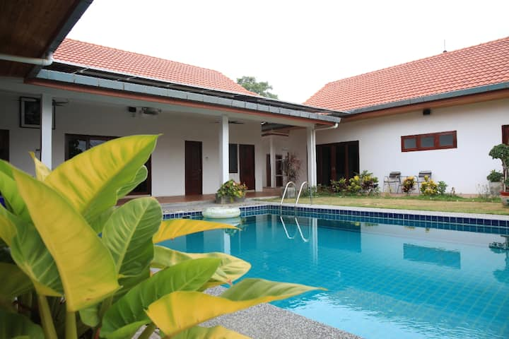 Room 3 in Pool Villa