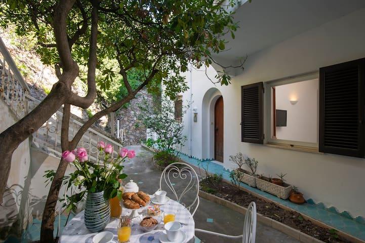 Rita's Home in Amalfi Coast