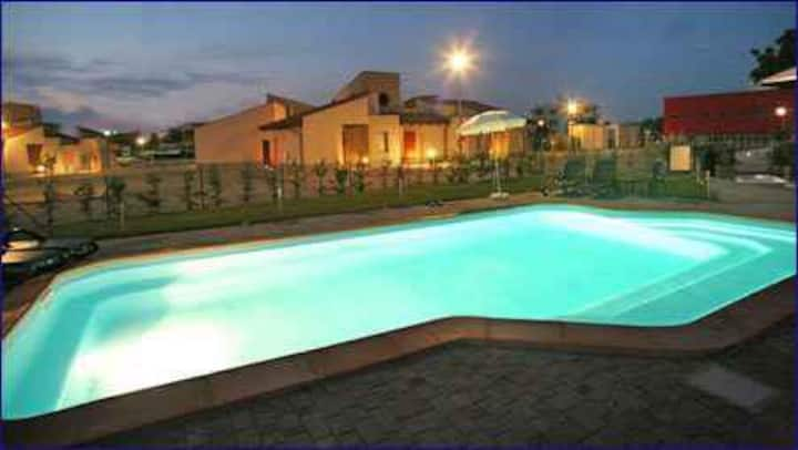 Studio for 2+1 persons with pool in Alba R32438