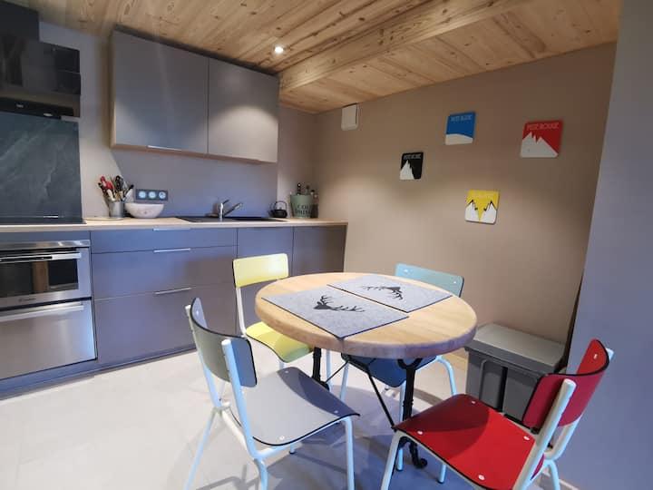 Appartement cosy neuf dans chalet