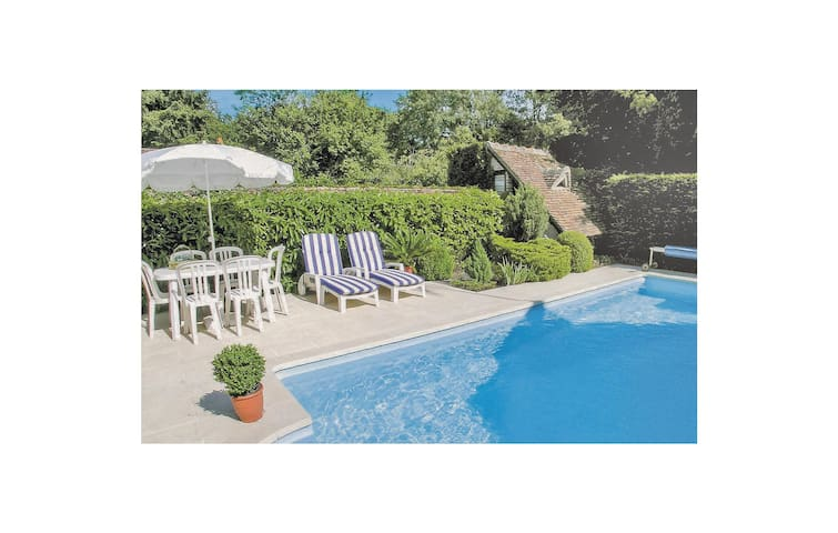 Holiday cottage with 1 bedroom on 60m² in Selles sur Cher
