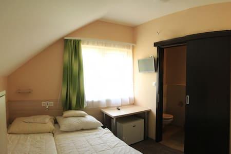 Jaja apartmanház 2-fős szoba - Fonyód