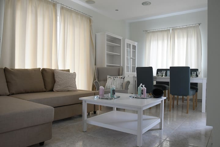 Elegant apartment in Nicosia - 4th floor