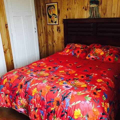 Casona Lemuy  Habitación Matrimonial/baño privado