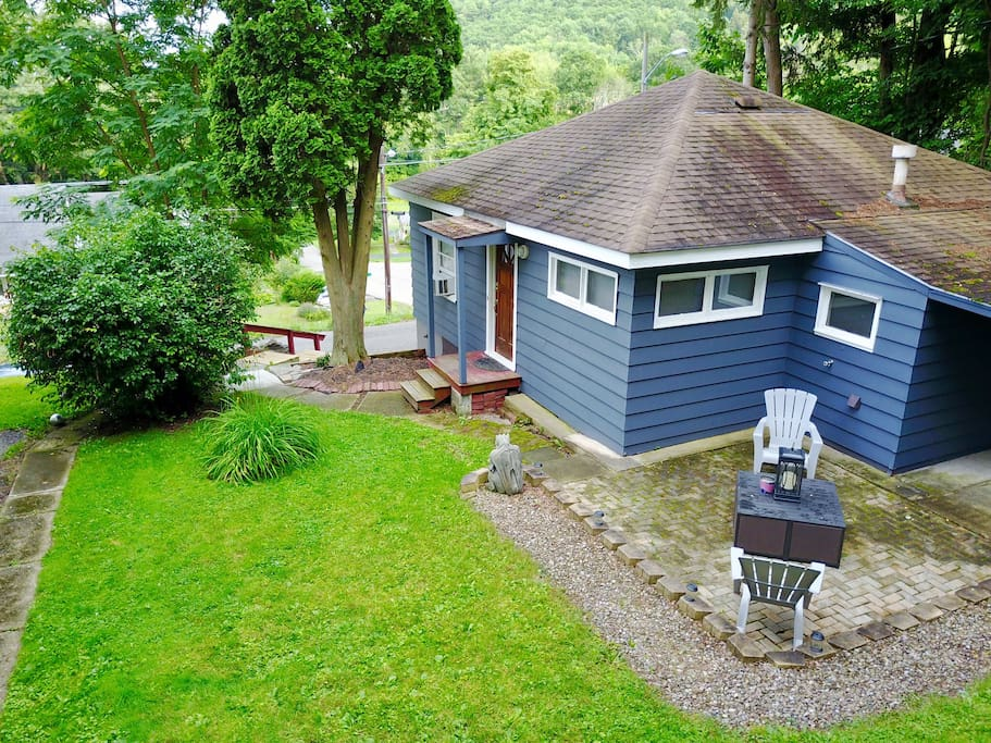 Home away from home in corning ny case in affitto a for Case vacanze new york home away
