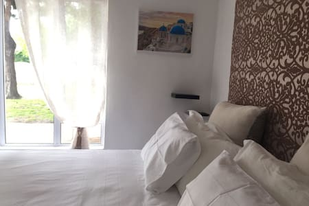 Self catering  Rondebosch Guest House - Cape Town - Guesthouse