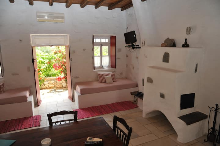 Traditional Cycladic apartment in Anezina's garden