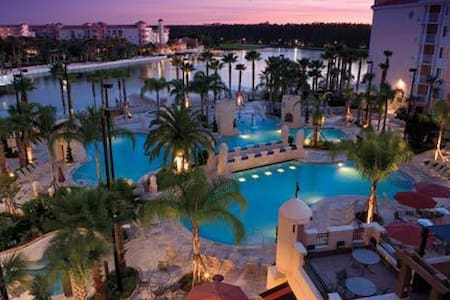 Week at Marriott's Grande Vista-Orlando Sleeps 4! - Orlando - Blockhütte