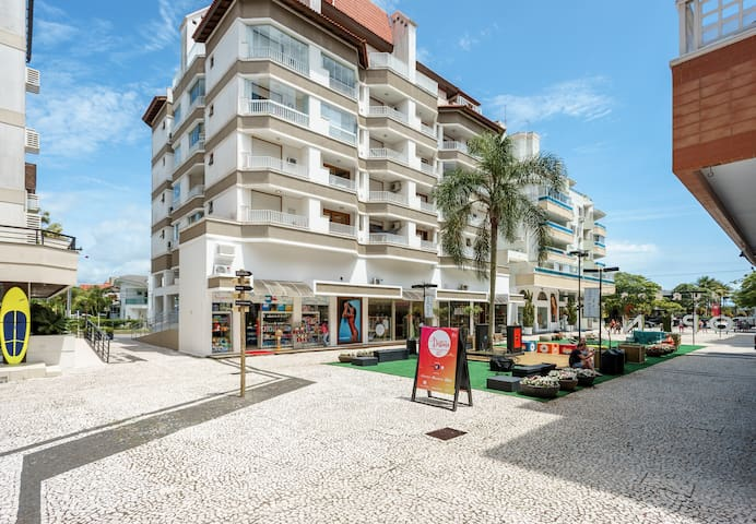 Apartment in Open Shopping - Jurere Internacional