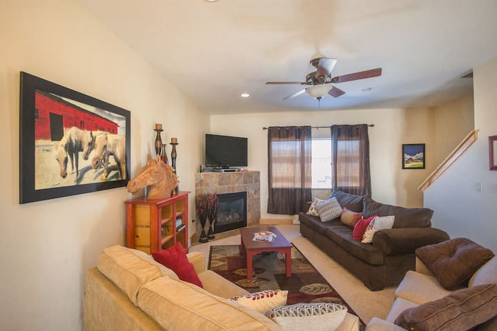 Value in the Valley, 3bd 2.5bath - Hayden - Adosado