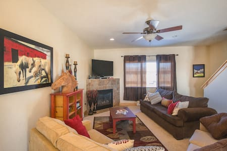 Value in the Valley, 3bd 2.5bath - Hayden - Casa adossada