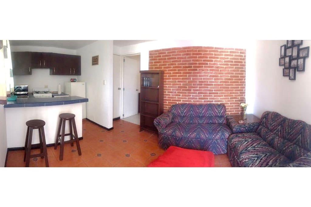 Sala, cocina, Living room, kitchen.