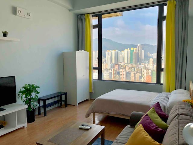 Cozy Sunrise Suite near Mongkok (鄰近:太子/旺角/奧運站)