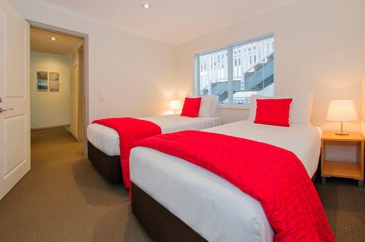 1 Bedroom Twin Apartment