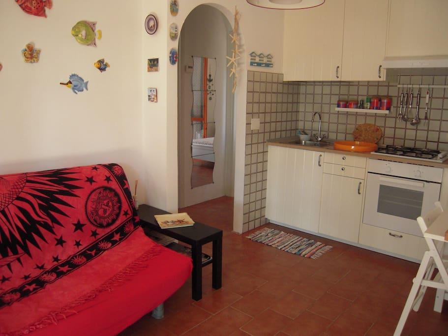 Graziosa casa ingresso indipendente case in affitto a - Divano letto pisa ...