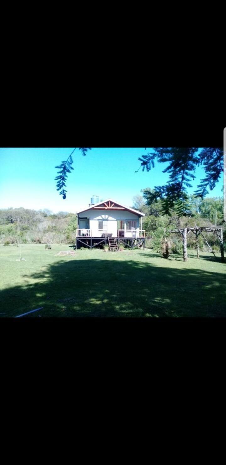 Delta Tigre casa en 1era Seccion Arroyo El Banco