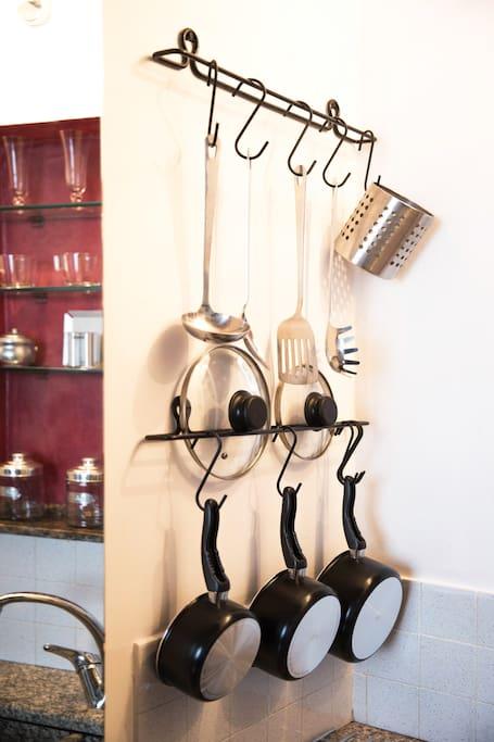 Dettagli della cucina ed utensili.