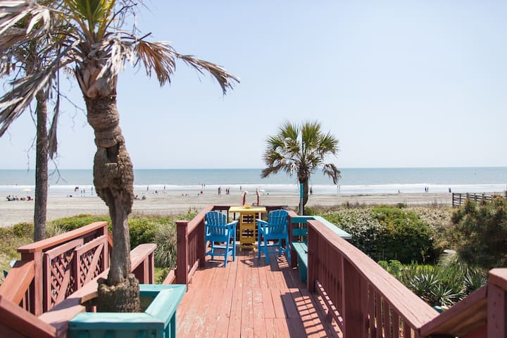 Funky Folly – Folly Beach Oceanfront Rentals - Pet Friendly