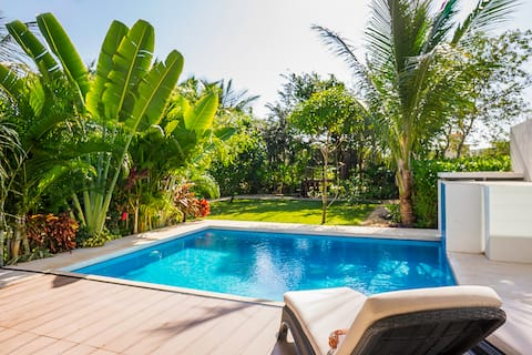 Leisure canal 20+Mbps private villa *monthly rates
