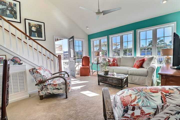 5530 The Bright Side * Canalfront * Dog Friendly * Dock * Community Pool
