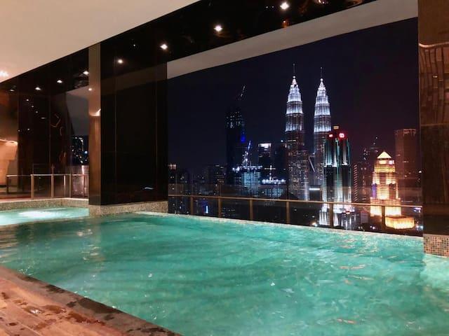 #HOT!5星级Luxurious公寓#市中心#无边泳池InfinityPool+KLCC View