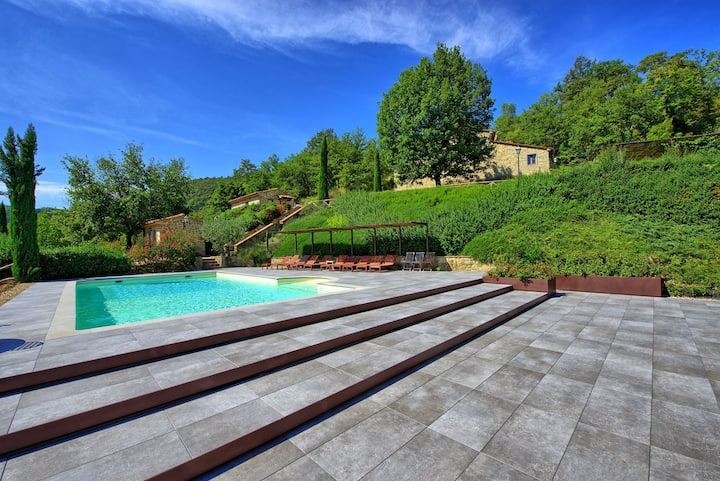 Villa Casentino - Luxury Country House with private swimming pool in Capolona, Tuscany